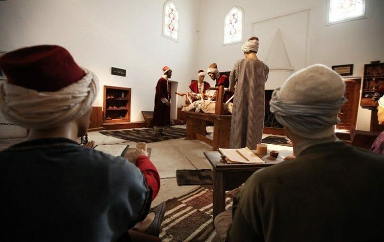 """""""متحف الصحة"""" في أدرنة التركية.. شاهد على رعاية العثمانيين للمرضى"""
