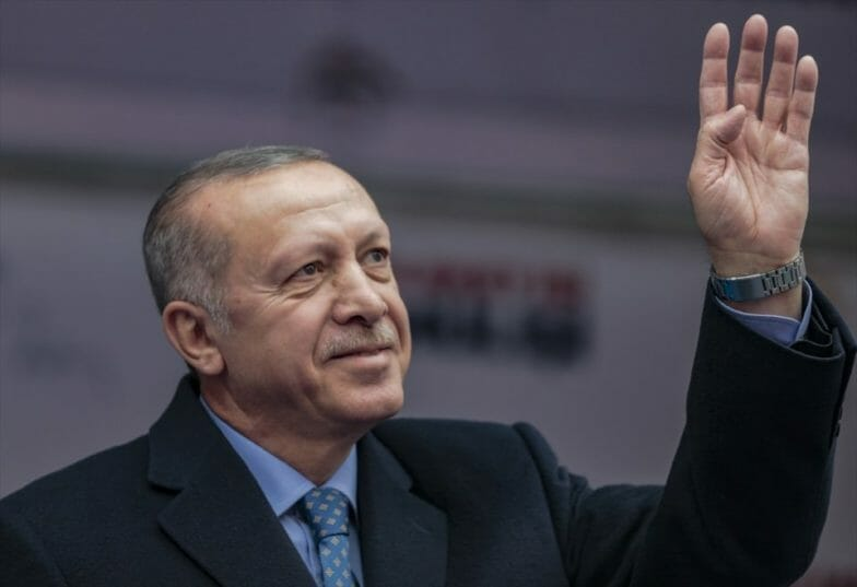 """أردوغان يضع حجر الأساس لمشروع """"ترسانة إسطنبول"""" العملاق"""