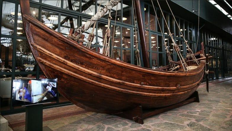 سفينة غارقة قبل 12 قرنا تعود للحياة في متحف باسطنبول
