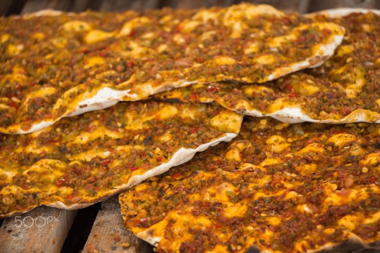 """""""اللحم معجون"""" التركي أفضل وجبة سريعة على الإطلاق"""