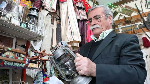 resized 5749b 1231 ar picture 20190228 17782442 17782450 - متقاعد تركي يؤسس متحفا لعرض مقتنياته التقليدية