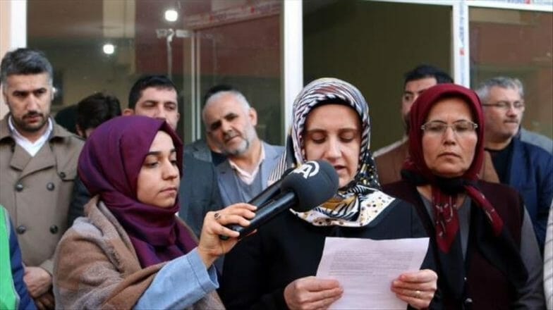 """هطاي التركية.. حركة """"الضمير"""" تطالب بإطلاق سراح النساء في سجون الأسد"""