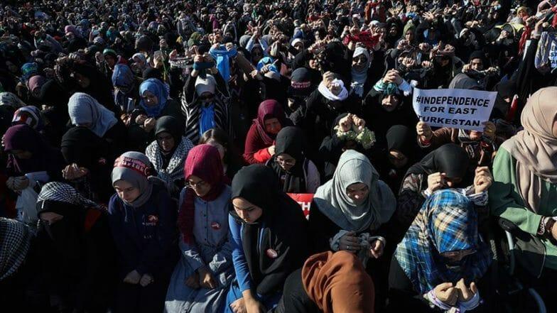 مدن تركية تشهد وقفات من أجل إطلاق سراح المعتقلات بسوريا
