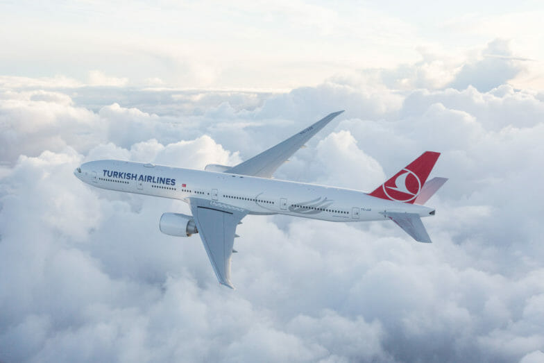 الخطوط الجوية التركية تطلق رحلات يومية بين أنطاليا ولندن
