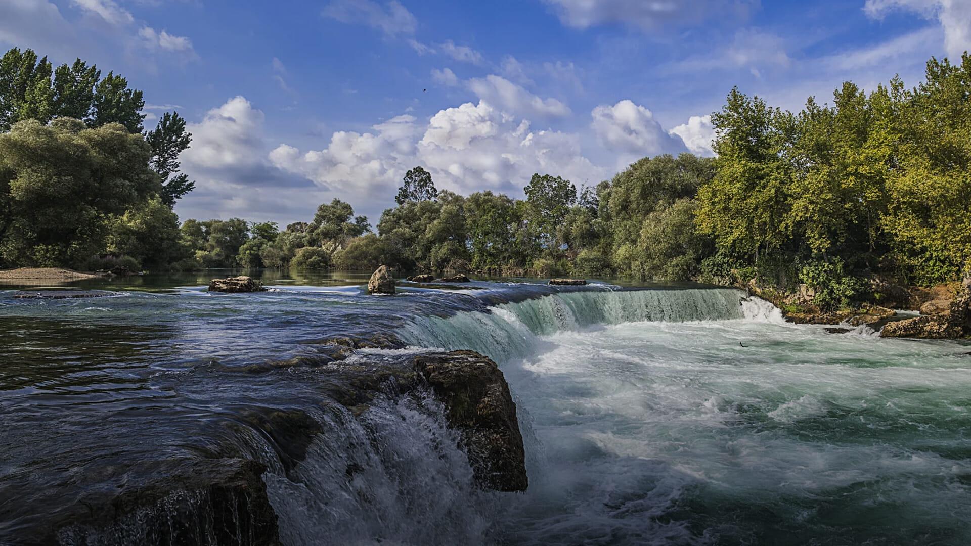 Manavgat waterfall 1 - بالصور.. تعرف على شلالات مانافجات الساحرة في ولاية أنطاليا التركية