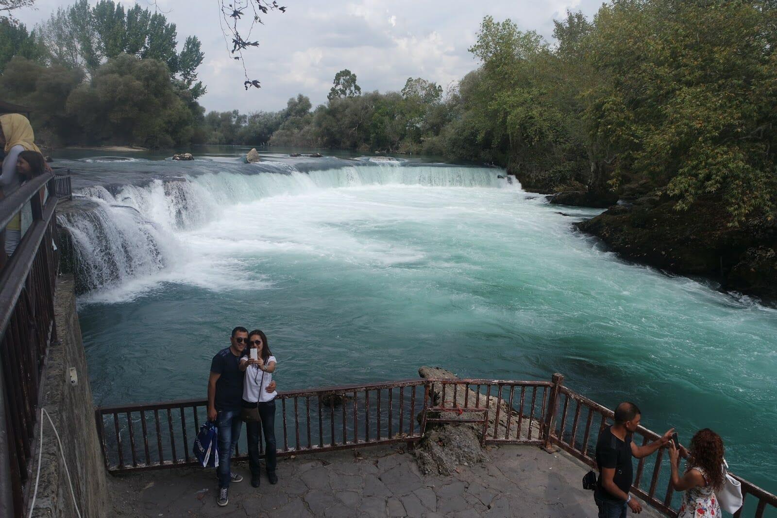 SAM 3645 - بالصور.. تعرف على شلالات مانافجات الساحرة في ولاية أنطاليا التركية