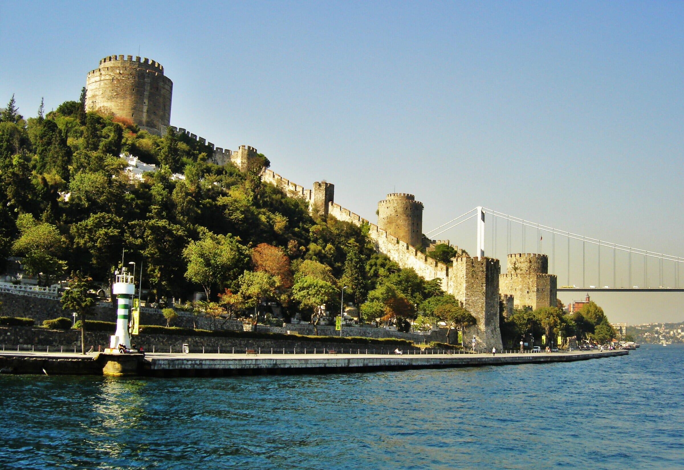 istanbul boc49faz turu 2012 250 - أسوار إسطنبول تروي حكاياتها للزوار