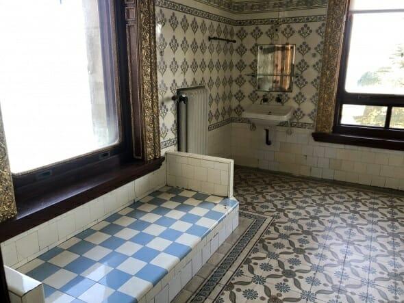 3198212 - القصر الذي بقي فيهِ السلطان عبد الحميد الثاني بعدَ عزلهِ