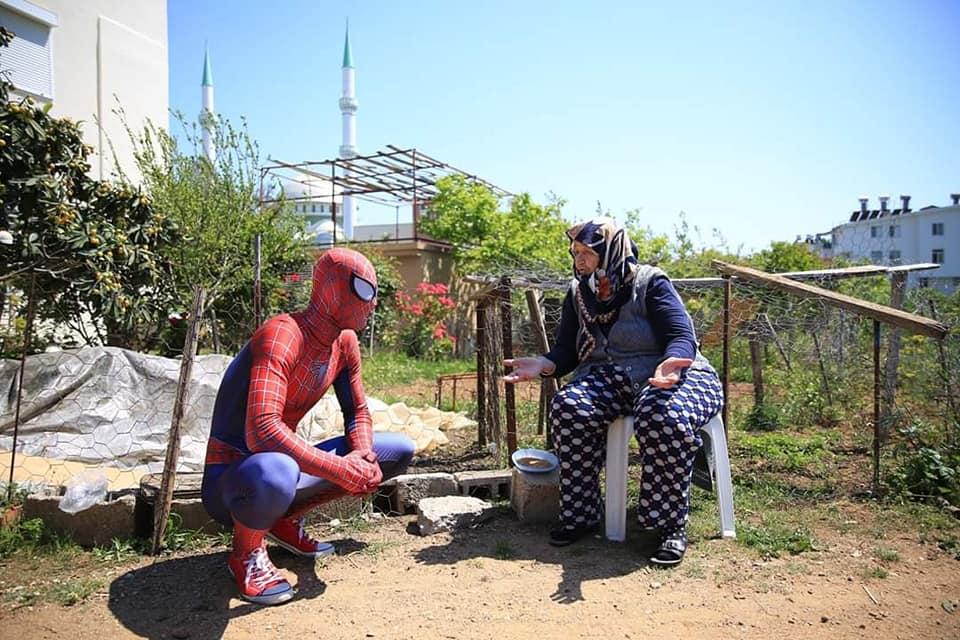 """93648766 934670753646969 3405346785789476864 n - """"سبايدرمان"""" يظهر في أنطاليا التركية"""