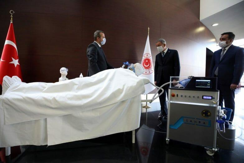 """""""صحرا"""" جهاز تنفس اصطناعي من انتاج وزارة الدفاع التركية لمواجهة """"كورونا"""""""