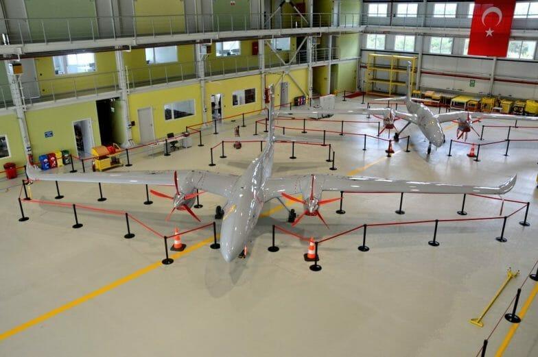 صناعة محلية كاملة.. الكشف عن طائرة مسيرة تركية من طراز جديد