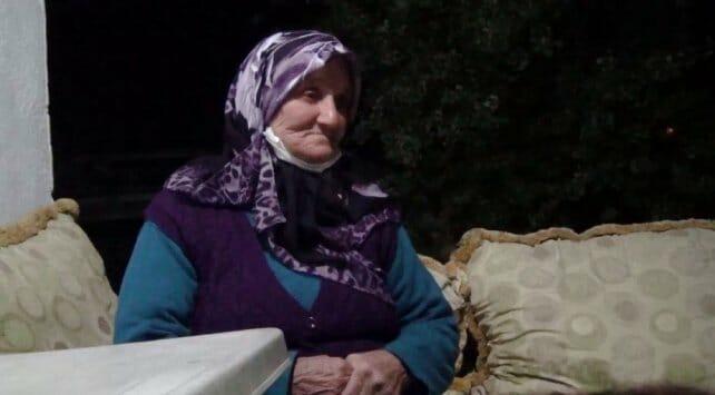 مسنة تركية تتبرع بـ12 عقارًا للجيش التركي