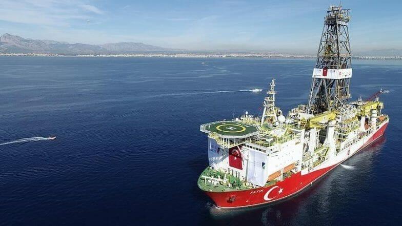 سفن التنقيب التركية تنتشر في البحرين المتوسط والأسود