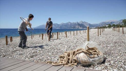 بتدابير وقائية.. أنطاليا التركية تجهز شواطئها لاستقبال السياح