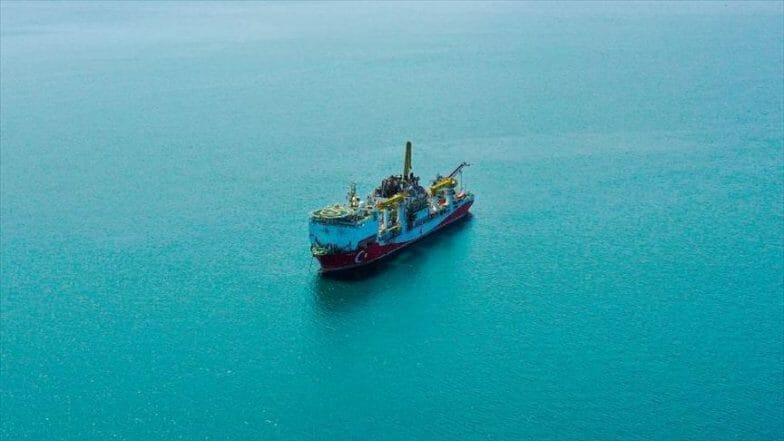 """""""فاتح"""" التركية تستعد للإبحار نحو البحر الأسود للتنقيب عن الطاقة"""