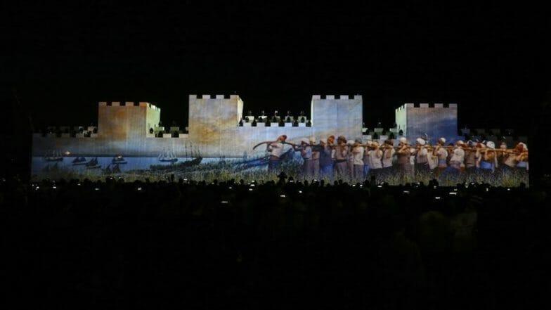 """إسطنبول تحتفل بذكرى """"الفتح"""" من أمام قصر """"طوب قابي"""""""