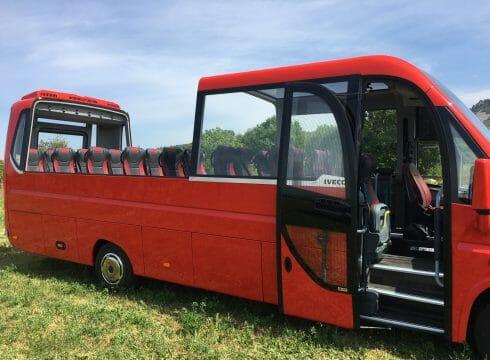 شركة تركية تصدّر حافلات صغيرة إلى الولايات المتحدة