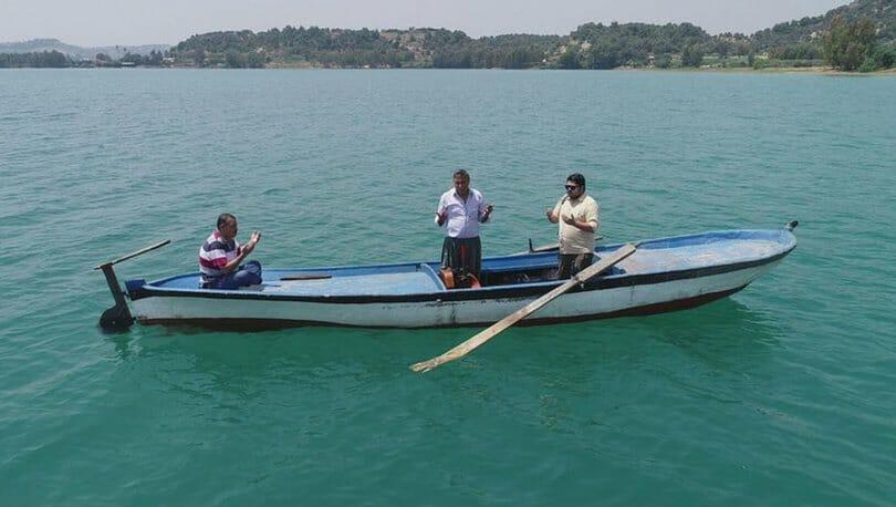 4 1 - مقبرة تحت الماء في أضنة جنوب تركيا يزورها الناس بقارب خشبي