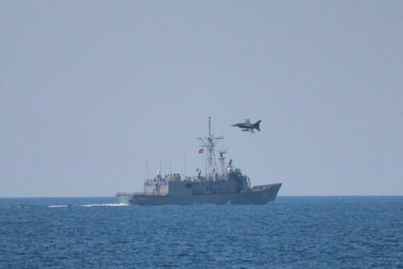 تركيا تجري مناورات بحرية جوية ضخمة شرقي المتوسط