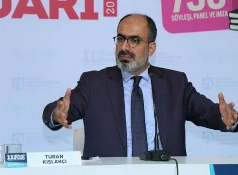 كاتب تركي: بعض الإعلام العربي يشوه صورة تركيا.. هل نحن من أفسد المنطقة أم هم؟!