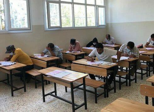 """""""أورفة"""" التركية تنظم امتحانات قبول جامعي لطلبة """"نبع السلام"""""""