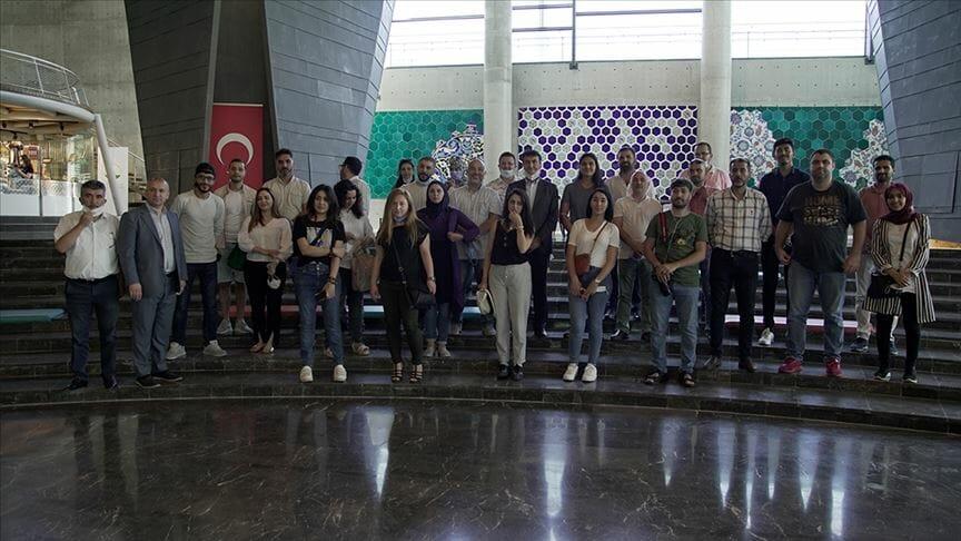 thumbs b c 3caf53119112235872c70bec94f09d87 - صحفيون عرب في جولة ثقافية ببورصة