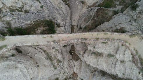 """جسر """"الشيطان"""".. تحفة تاريخية """"مفزعة"""" في قونية التركية"""