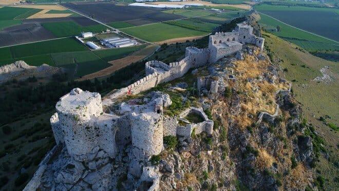 turkiyenin ihtisamli 5 tarihi kalesi 1603288313193 - أبهى خمس قلاع تاريخية في تركيا