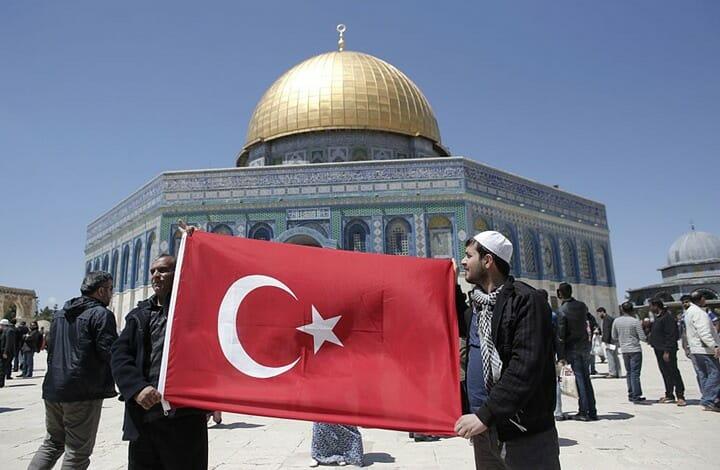 مقرب من الراحل ياسر عرفات: تركيا حافظت على الأرشيف الفلسطيني