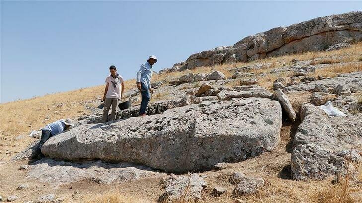اكتشاف موقع أثري في (أورفا) التركية يعتقد أنه الأقدم على وجه الأرض