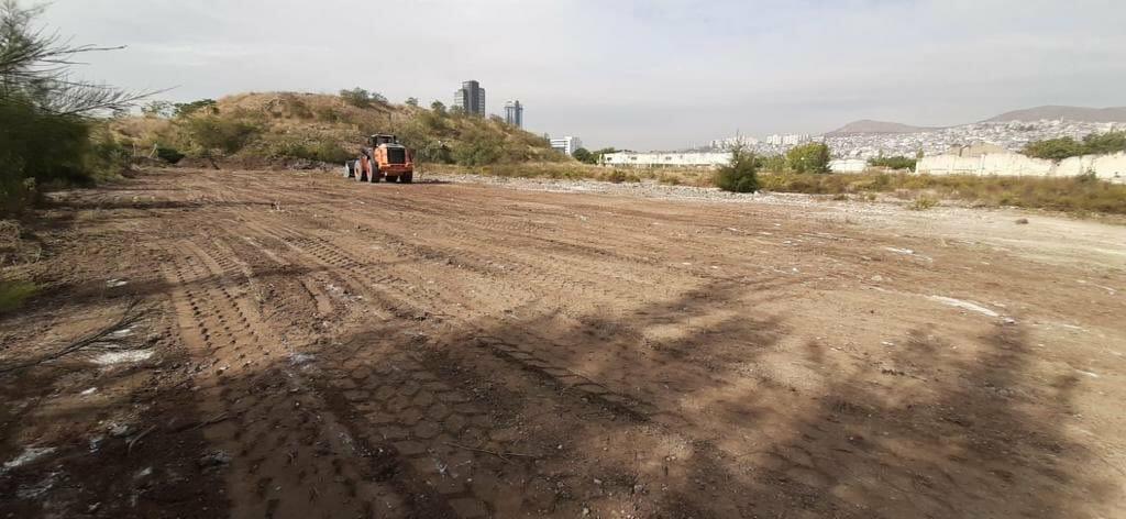 El P7VeXIAE1KXS - إنشاء مدينة من البيوت مسبقة الصنع لضحيا زلزال إزمير