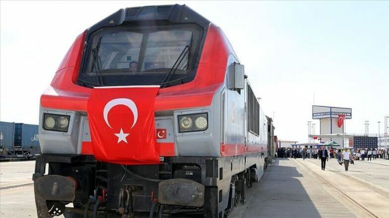 خط حديدي جديد يصل تركيا بأذربيجان عبر (نهجوان)