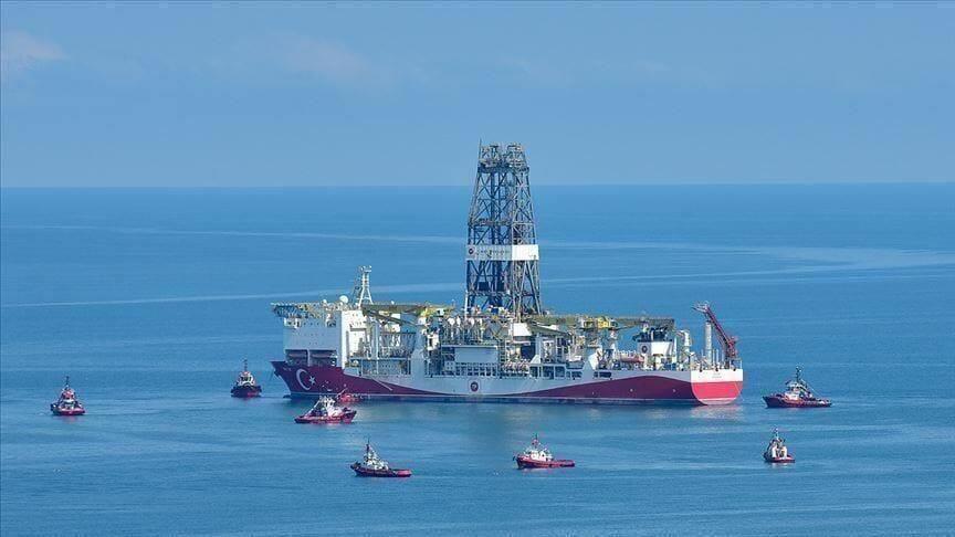 """البحر الأسود.. سفينتا """"فاتح"""" و""""قانوني"""" وأولى اكتشافات الطاقة"""