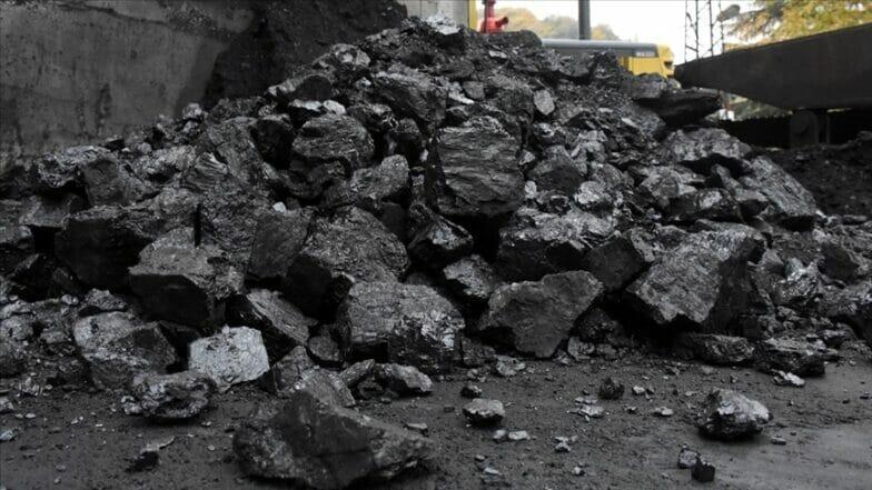 تركيا تكسب 229 مليون و455 ألف ليرة من مبيعات الفحم الحجري قي عشرة أشهر الأخيرة