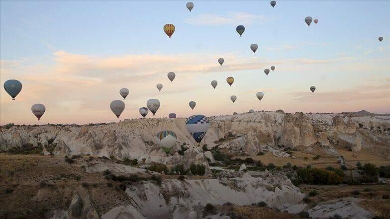 تركيا تستقبل أكثر من 13.5 مليون سائح في 10 أشهر