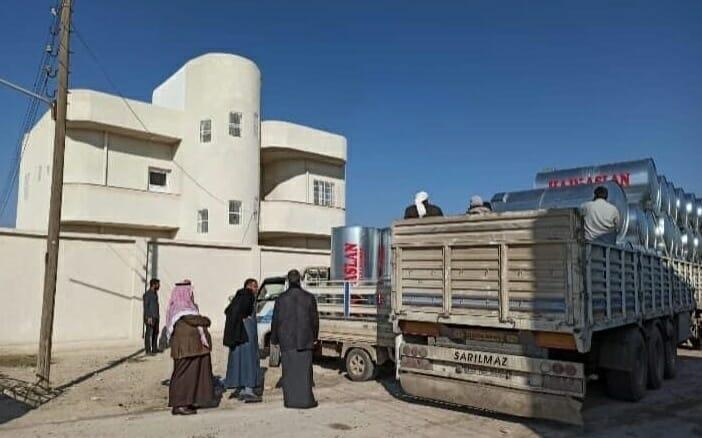 ولاية تركية توزع خزانات مياه لمساجد مدينتين شمالي سوريا