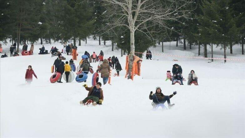 تركيا تنشد صدارة عالمية للسياحة الشتوية