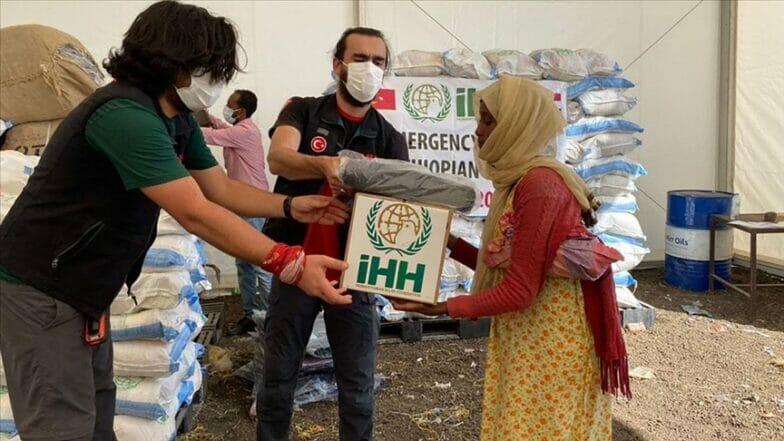 جمعية تركية تقدم مساعدات للاجئين الإثيوبيين بالسودان