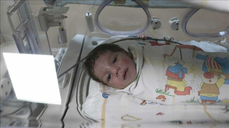 عملية جراحية ناجحة لرضيع سوري يعاني من مشاكل في القلب