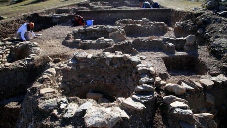 """""""كاهن تبه"""" .. آثار تكشف عن أسرار العصر الحجري في تركيا"""