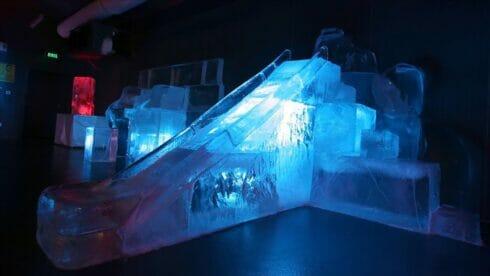 متحف الجليد الوحيد في تركيا يأخذ زواره في رحلة للقطبين