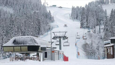 """جبل """"إلغاز"""" يفتح أبوابه الخميس لعشاق التزلج"""