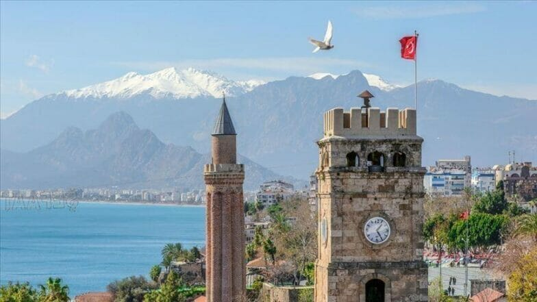 نحو 16 مليون سائح زاروا تركيا 2020