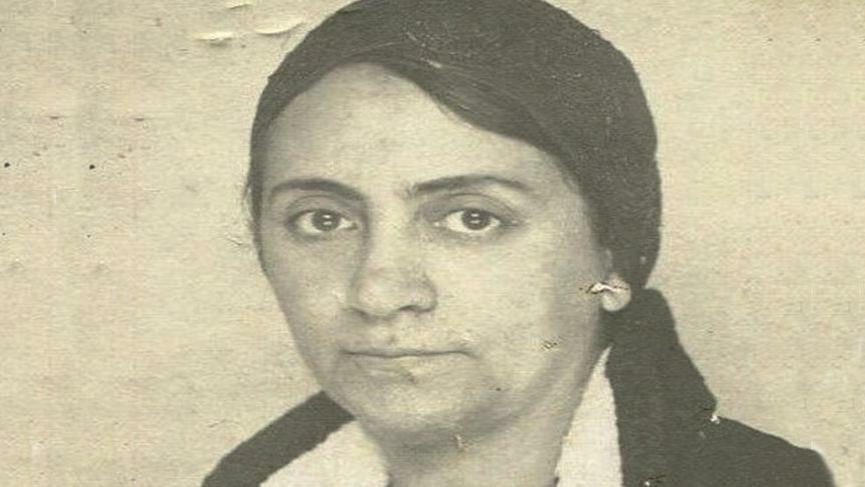 9f959e2a a804 43c2 a3c0 9c7743040598 - صفية علي أول طبيبة في تاريخ تركيا