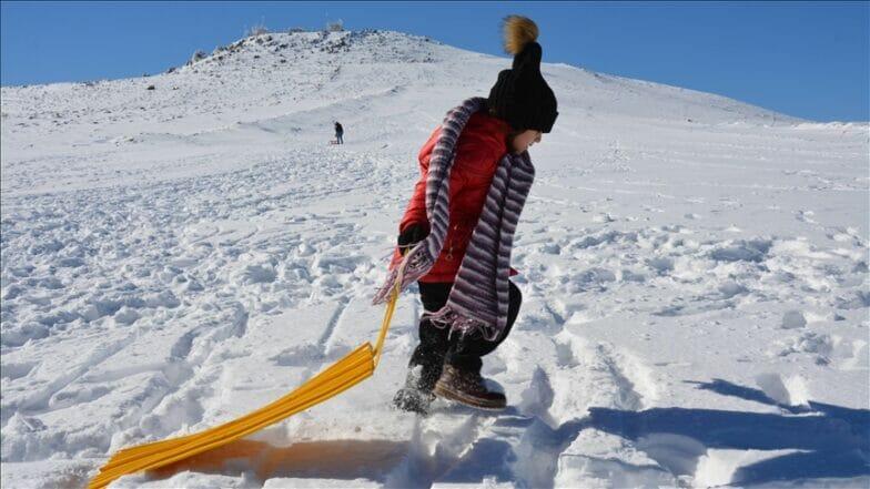 """مركز """"قاراجا داغ"""" للتزلج يفتح أبوابه"""