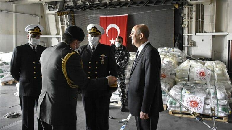 تركيا تهدي الجيش اللبناني مئات الأطنان من المساعدات الغذائية