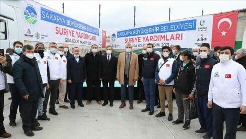 """""""صقاريا"""" التركية ترسل 11 شاحنة مساعدات إلى إدلب السورية"""