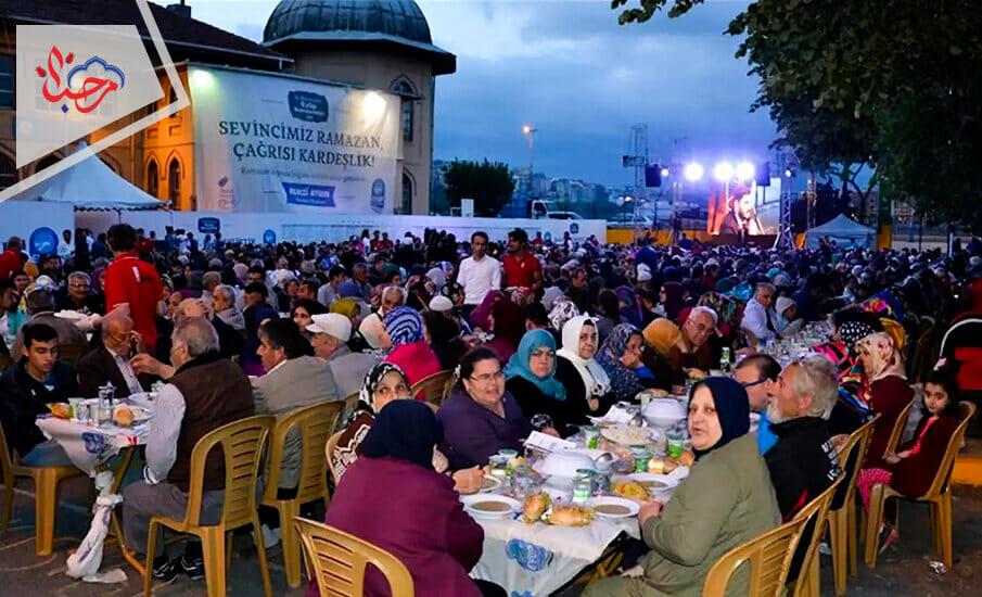 وموائد رمضان المقدم من البلدية 1 - إدارة البلديات في تركيا نموذج ينتقل إلى البلدان العربية
