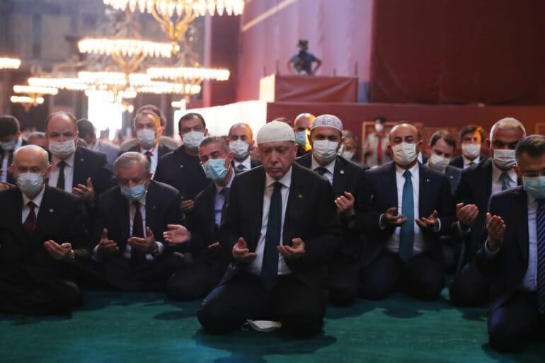 أردوغان يوم افتتاح مسجد آيا صوفيا
