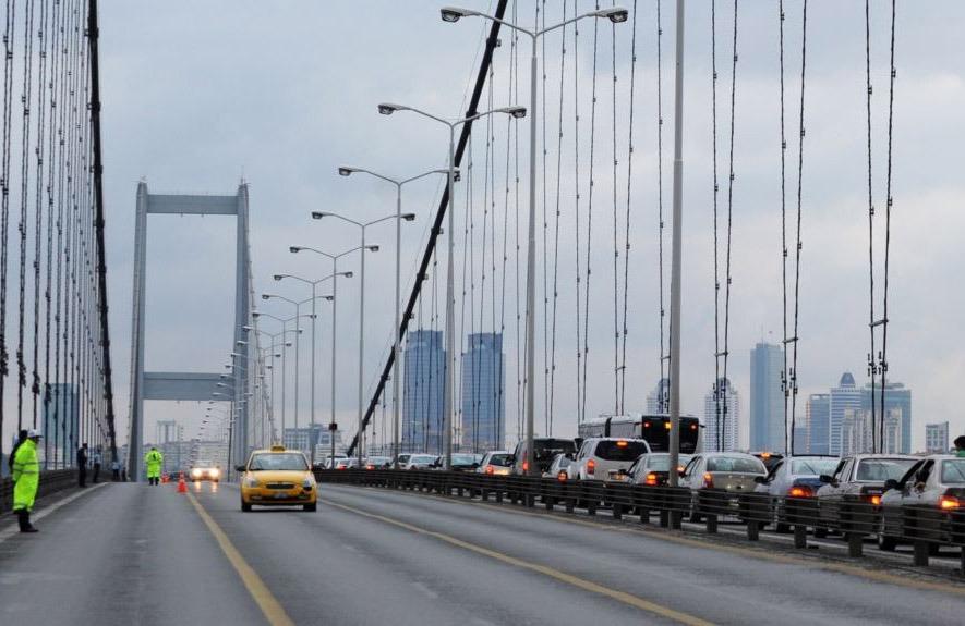 23d90cd9 2c44 4ae6 bd88 4176d6865fa3 - الجسور والطرق السريعة في إسطنبول مجانية خلال أيام عطلة عيد الأضحى